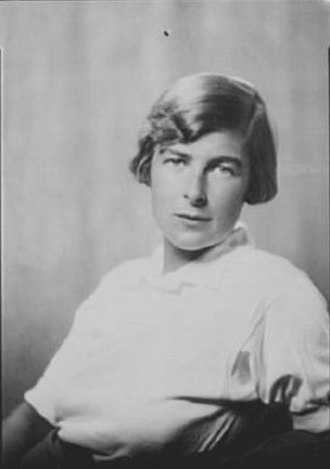 Isabel Pell - Pell in 1930 photographed by Arnold Genthe