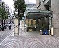 Mitsukoshimae-eki-1.jpg