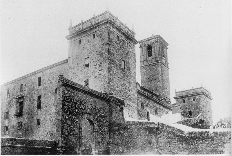 File:Monestir de Santa Maria del Puig foto antiga.jpg - Wikimedia Commons
