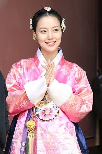 Sageuk - Moon Chae-won in costume for melodrama sageuk The Princess' Man (2011)