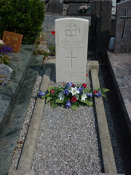 Mortagne-du-Nord (Nord, Fr) tombe 01 CWGC