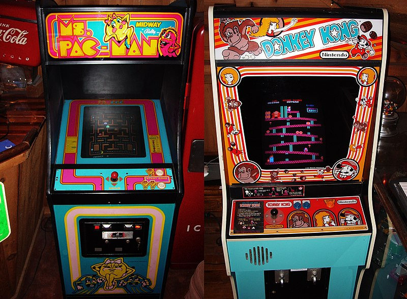 File:Ms. Pac-Man & Donkey Kong - arcade cabinets.jpg