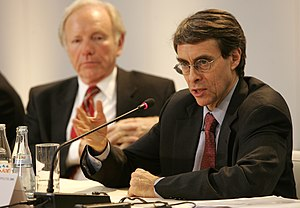 Human Rights Watch - Current executive Director Kenneth Roth speaking at the 44th Munich Security Conference 2008