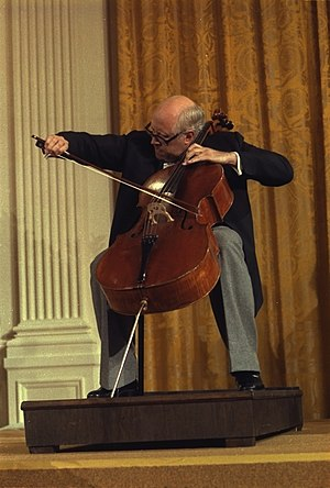Mstislav Rostropovich - Rostropovich playing the Duport Stradivarius at the White House in 1978.