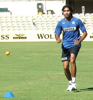 Munaf Patel fielding at Adelaide Oval