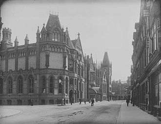 Reading Town Hall - Reading Town Hall, c. 1900 by Henry Taunt. The far end is Waterhouse's work, the nearer work is by Lainson