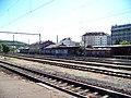 Nádraží Praha-Vršovice, pohled k Bartoškově ulici.jpg