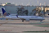 N69810 - B739 - United Airlines