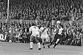 NAC tegen Feyenoord 0-3. Ove Kindvall met bal op het hoofd door Bredase verdedig, Bestanddeelnr 920-6873.jpg
