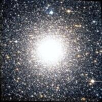 NGC 6388 Hubble WikiSky.jpg