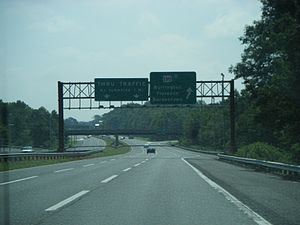 Interstate 95 in New Jersey - Pearl Harbor Memorial Extension of the New Jersey Turnpike (unsigned I-95) eastbound at US 130 exit in Florence Township