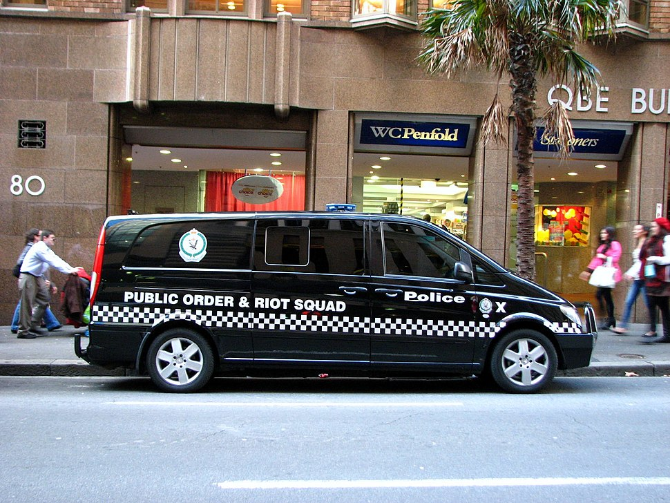 NSW Police Force PORS Mercedes Benz VITO LWB - Flickr - Highway Patrol Images