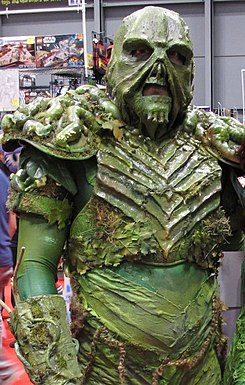 NYCC 2014 - Swamp Thing & Poison Ivy (15488238596) (cropped).jpg