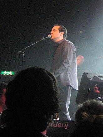 Neal Morse - Neal Morse in 2007, performing in Zoetermeer, Netherlands