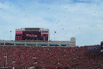 2013 Nebraska Cornhuskers football team - Image: Nebraska Football UCLA Balloons