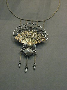 Necklace (3922815556)