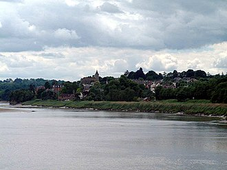 Newnham on Severn - Image: Newnham on Severn geograph.org.uk 9393