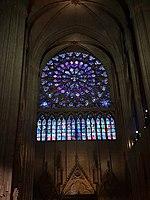 Notre-Dame de Paris - Kreisrundes verglastes Rosenfenster 2.jpg