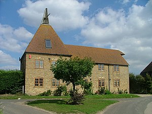 Wingham, Kent - Image: Oast House belonging to Hearts Delight Farm geograph.org.uk 467731