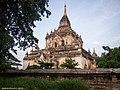 Old Bagan (10808693115).jpg