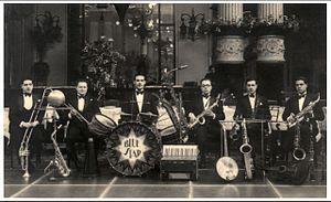 Pippo Barzizza - Blue Star Orchestra, 1925, the year of foundation. Barzizza on sax.