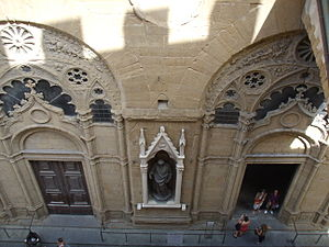 Orsanmichele - Entrance of Orsanmichele