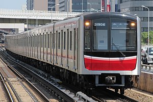 Midōsuji Line - Image: Osaka Subway 31904 at Nishinakajima Minamigata Station
