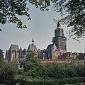 Overzicht met de toren in de steigers, gezien vanaf de Martinetsingel - Zutphen - 20373703 - RCE.jpg