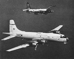Canadair CP-107 Argus - RCAF Argus (foreground) and USN Lockheed P-2 Neptune