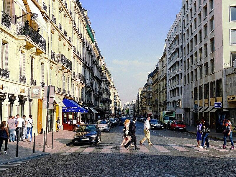 Fichier:P1020139 Paris VIII Rue François Ier reductwk.JPG