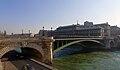 P1080171 Paris IV pont Notre-Dame et hôtel-Dieu rwk.jpg