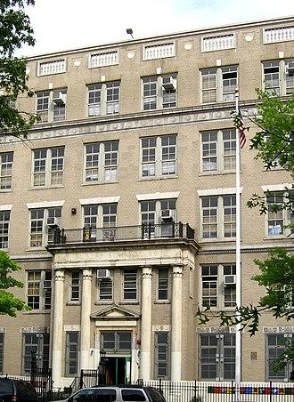Kingsbridge Heights, Bronx - PS 86