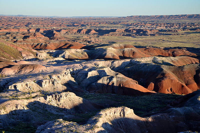 File:Painted Desert badlands Tawa Point.jpg