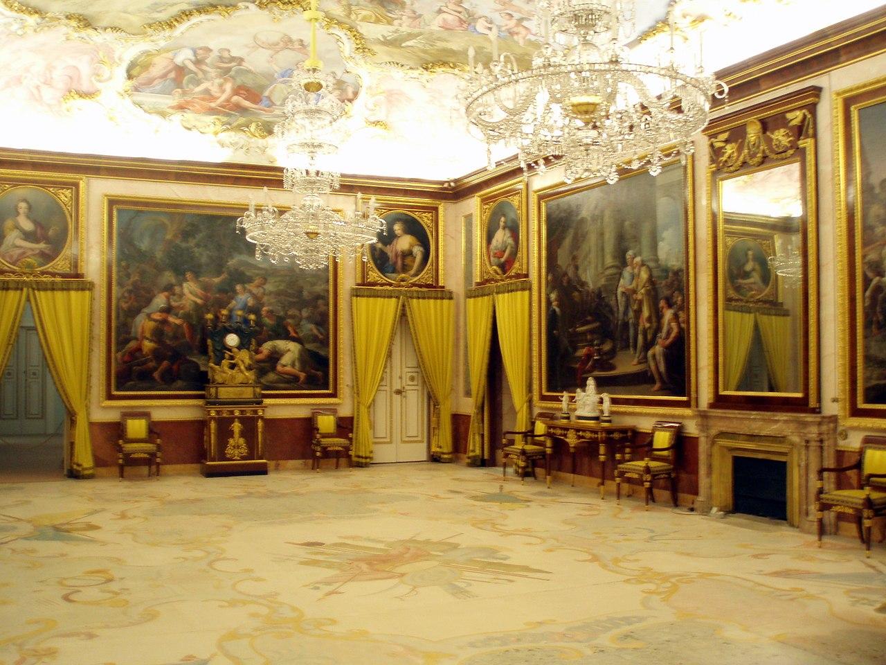 File palacio real de aranjuez interior wikipedia for Ministro de interior actual