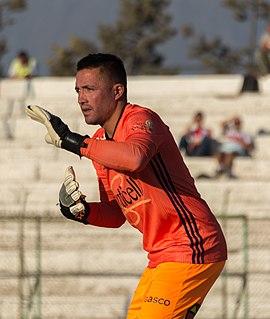 Miguel Pinto Chilean football goalkeeper (born 1983)