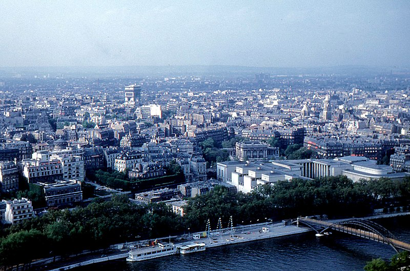 Ficheiro:Paris - Looking North from Eiffel Tower 1960.jpg