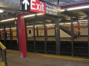 Parsons Boulevard (IND Queens Boulevard Line) - View of the Jamaica bound platform from the Manhattan bound platform.