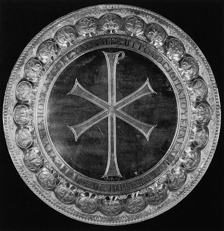 Mesih monogram ve yazıt ile gümüş godparents