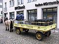 Pferdefuhrwerk der Brauerei Ganter auf dem Freiburger Münsterplatz 2.jpg