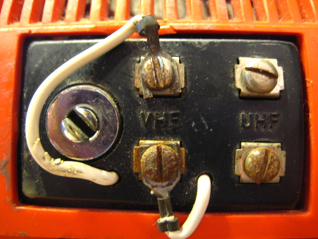 File Philco-ford Orange Retro Tv  1970s  Antenna Connectors Jpg