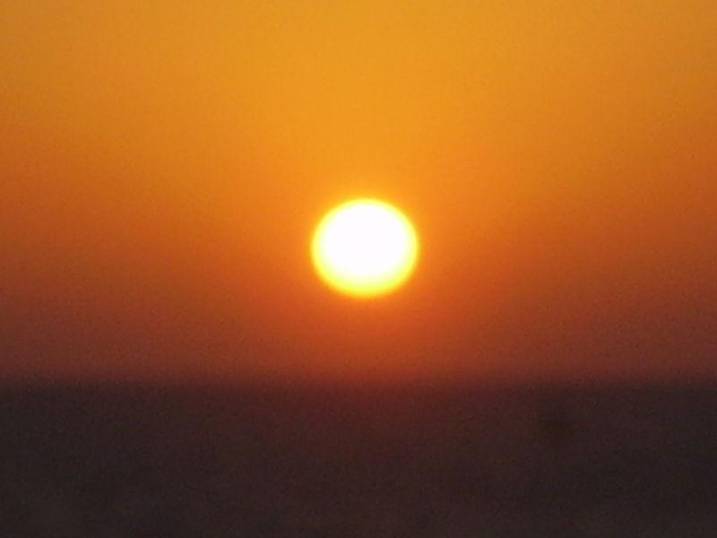 שקיעה בחוף תל אביב