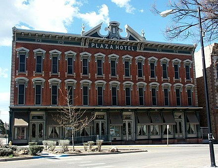 The Plaza Hotel, built in 1881, on the Plaza of West Las Vegas Plaza Hotel Las Vegas NM.jpg