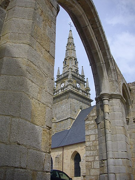 Our Lady of Nettles chapel and SAint Guigner church in Pluvigner (Morbihan, France)