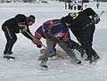 Pond hockey-LacBeauport2010-a.JPG