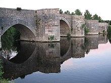 Le pont de Saint-Savin.