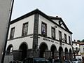 Pontgibaud mairie halles.JPG