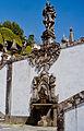 Portugalia Braga sanktuarium kosciol jezusa na wzgorzu 05 historie obrazujace grzechy.jpg