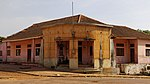 Post office of Bafatá, Guinea-Bissau 1.jpg