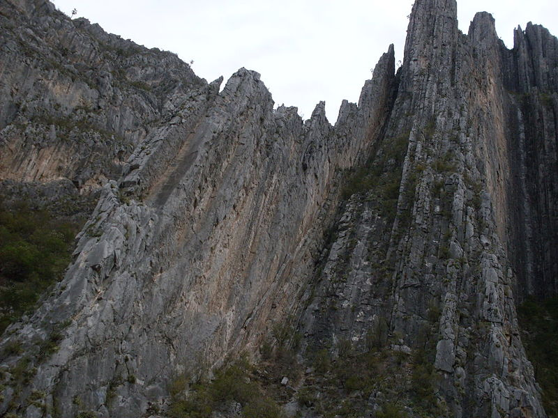 File:Potrero Chico climbing area.JPG