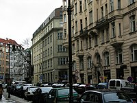 http://upload.wikimedia.org/wikipedia/commons/thumb/7/7b/PragueJewishQuarter2038.JPG/200px-PragueJewishQuarter2038.JPG